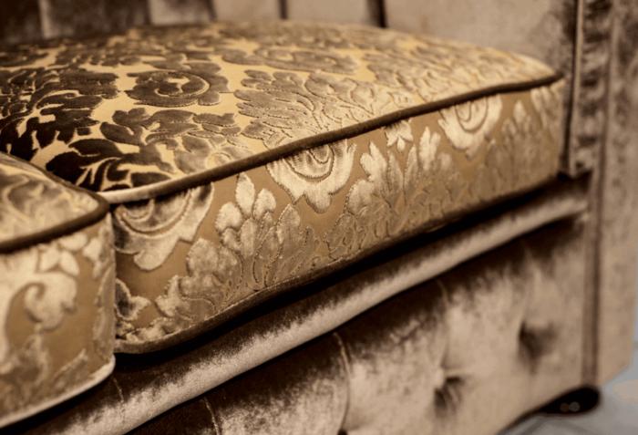 classic bronz chesterfield kanapé ülésminta